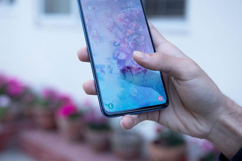 Samsung Galaxy A 70 (A705F) 128Gb (Black)
