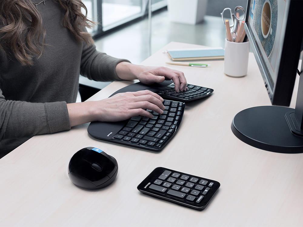 Bộ bàn phím chuột không dây Wireless Sculpt Ergonomic