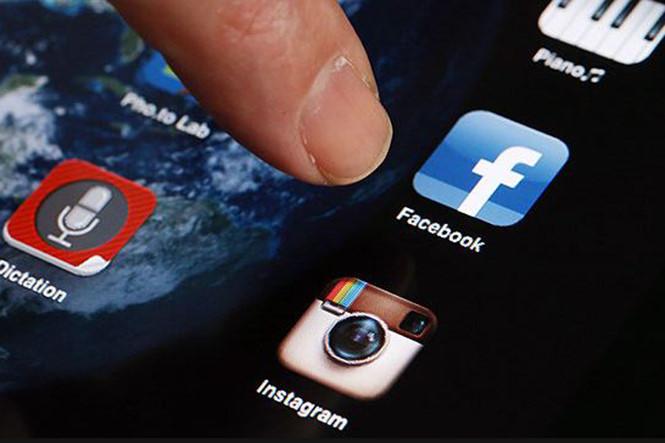 Cớ làm sao mà Facebook, Instagram bị tê liệt suốt 13 giờ vừa qua
