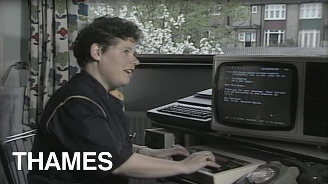 Bạn có biết vào năm 1984 người ta gửi thư điện tử thế nào không?