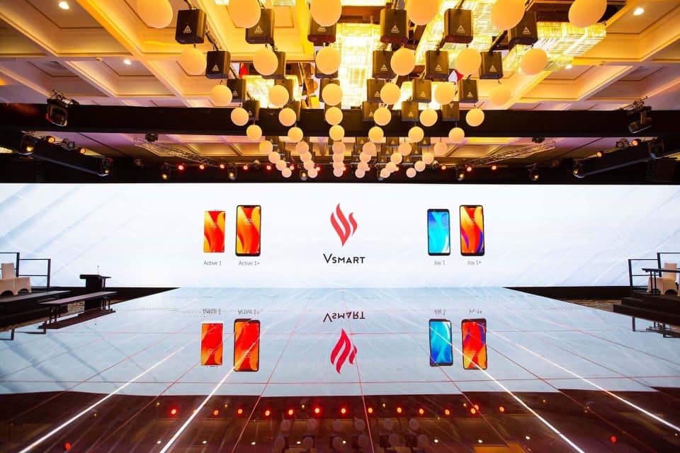 Smartphone Vsmart: sân khấu đẹp, hoành tráng trước giờ ra mắt