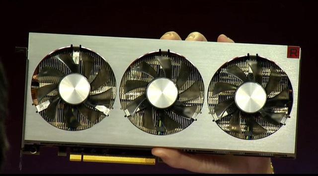 Ra mắt card đồ họa 7nm đầu tiên trên thế giới của AMD
