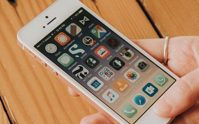 Chiếc IPhone bị khai tử năm ngoái bất ngờ được Apple mở bán lại
