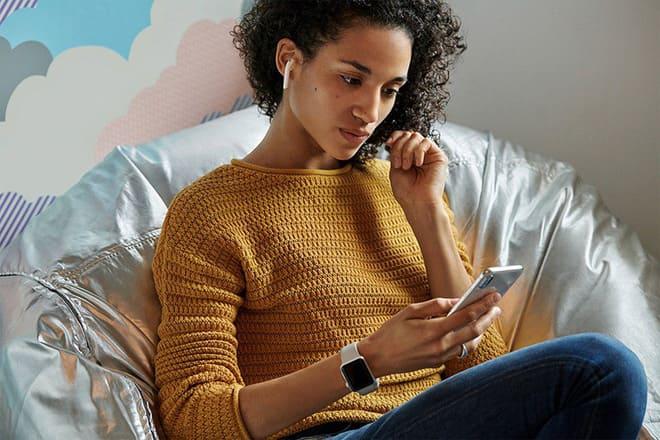Microsoft ra mắt Surface Buds nhằm cạnh tranh với Airpods của Apple?