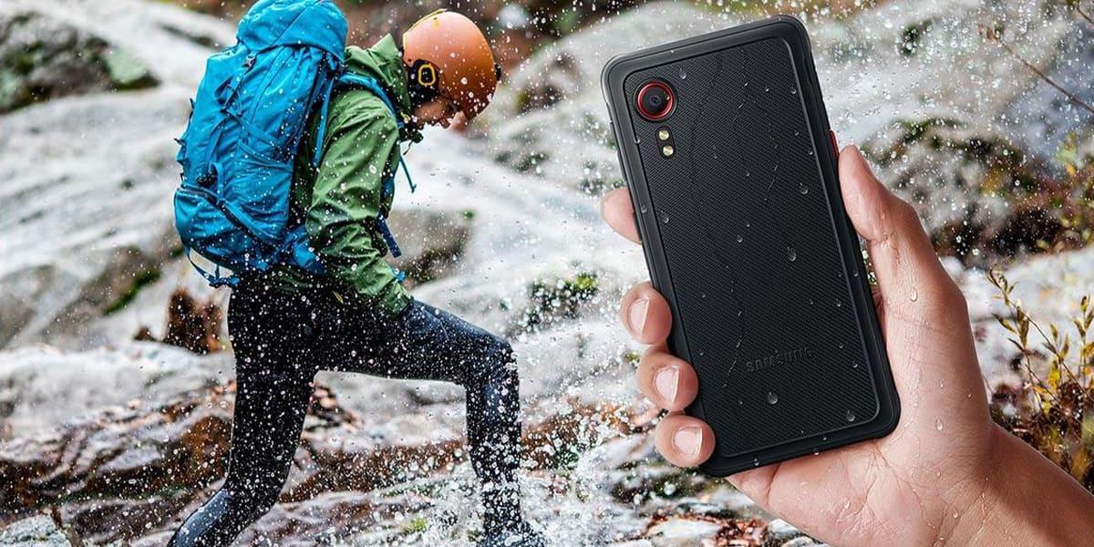 [Tin tức] Samsung cho ra mắt điện thoại thông minh siêu bền mới