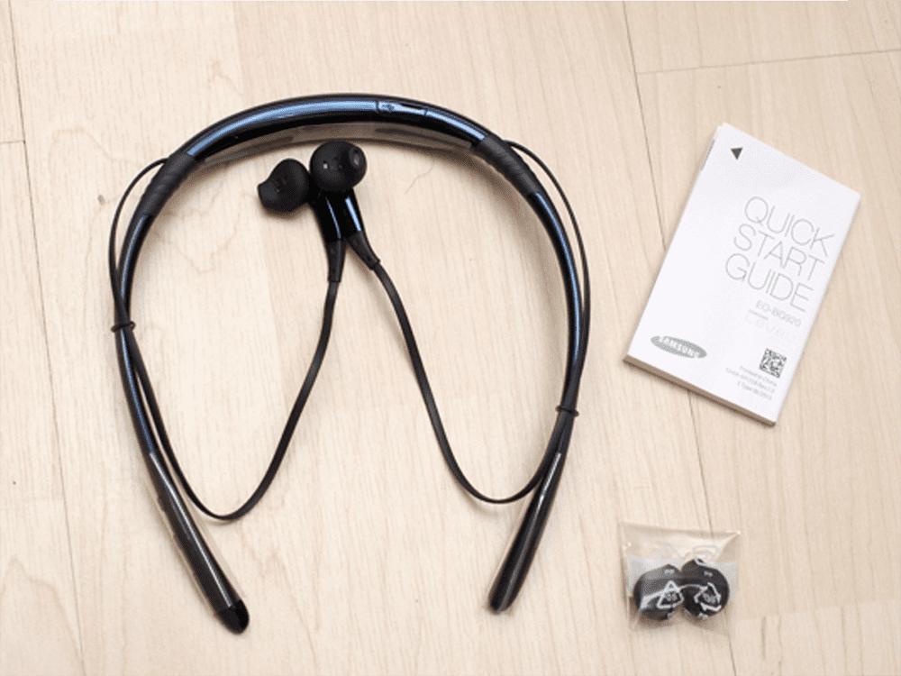 Tai nghe không dây Samsung Level U (Đen)