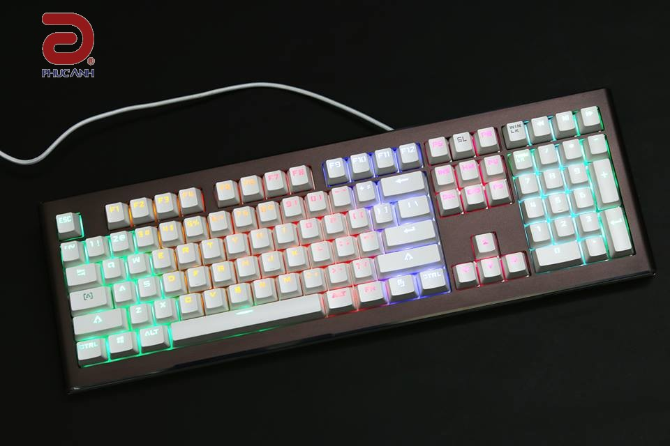 Bàn phím cơ Fuhlen  SM700 Brown switches Led 7 màu Gaming